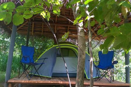 The jungle paradise (Eco) camping hut, Habarana