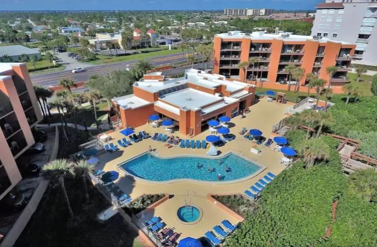 2 Bedroom Beachfront Condo at Oceanique Resort