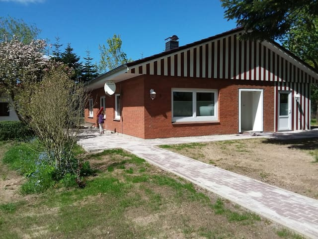 """Dog-friendly Holiday House """"Rudelglück"""" with Fenced Garden, Covered Terrace & TV"""