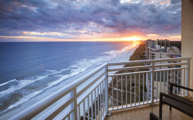Blazing Club Wyndham Ocean Boulevard, 2 Bedroom