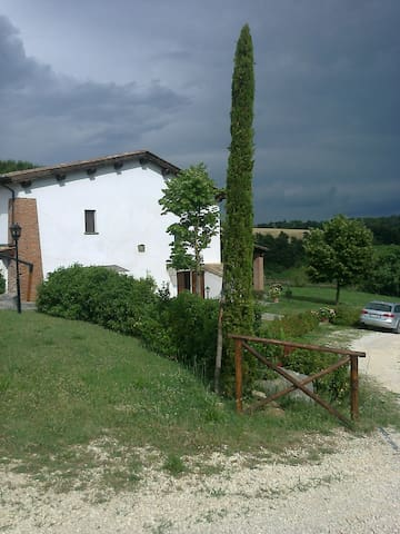 Country house FIOGENE in Tuscia - Celleno - Apartament