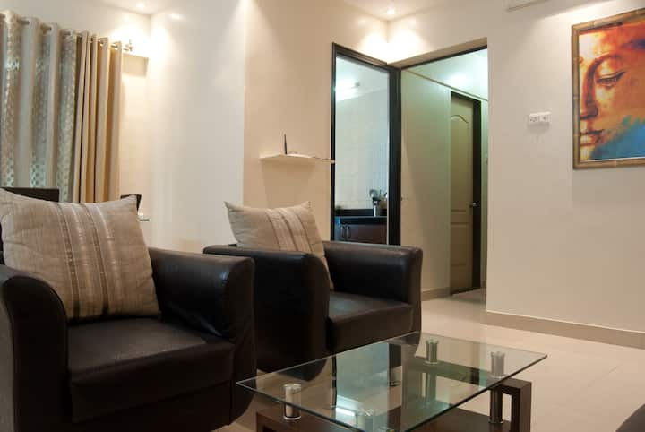 2bhk Clean apartment in Bandra East