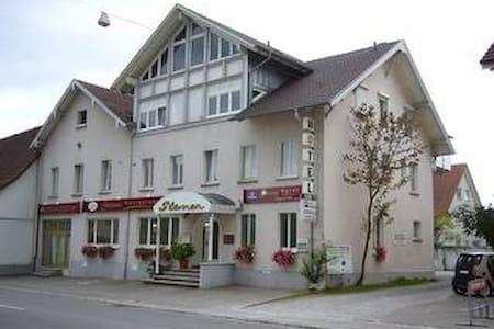 Doppelbett Zimmer/ Double Bedroom - Radolfzell am Bodensee