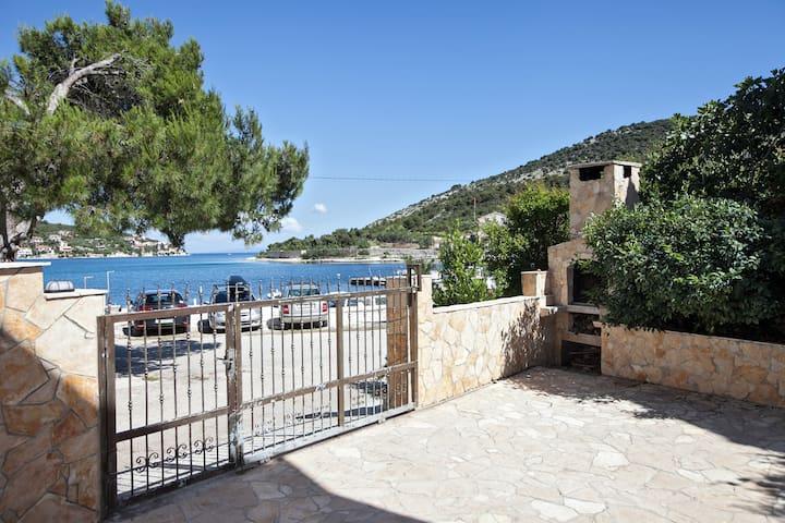 Terrace&sea view on the beach@Trogir riviera