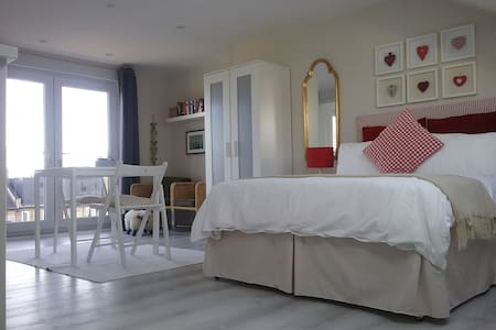 Self contained studio flat in residential home