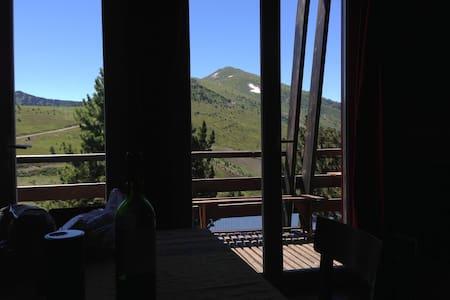 Chalet cosy-Altitude 2000 m-Proche Ax les Thermes