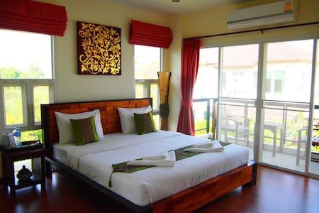 1 double-bed room of pool villa - Chiangmai - 別荘
