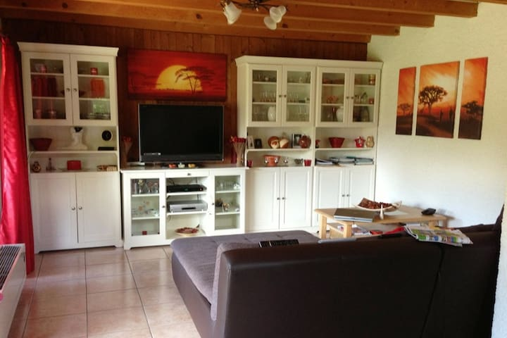 Cosy & calm house with garden close to EPFL/UNIL - Denges - Haus