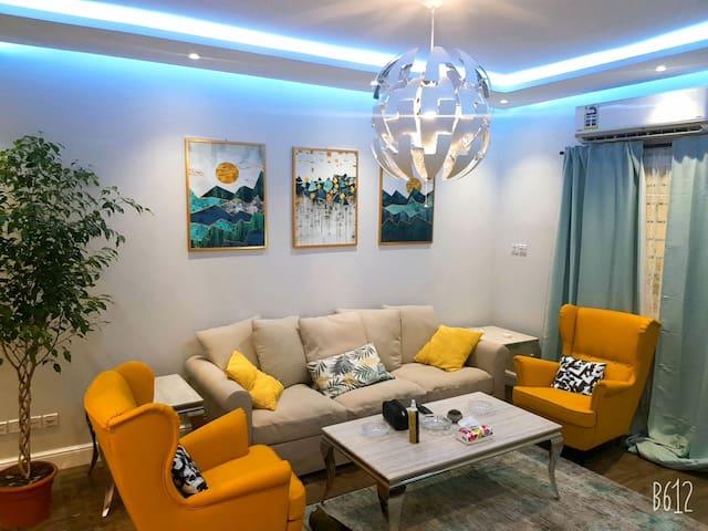 Apartment with private entranceشقة مدخل خاص العليا