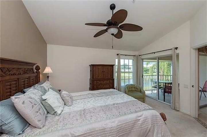 2 bedroom near beach - Bonita Springs - Flat