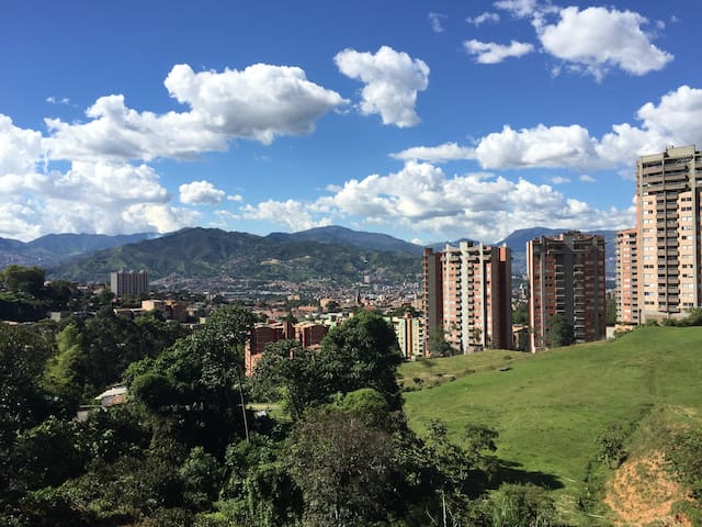 Beautiful apartment with an amazing view - Envigado - Wohnung