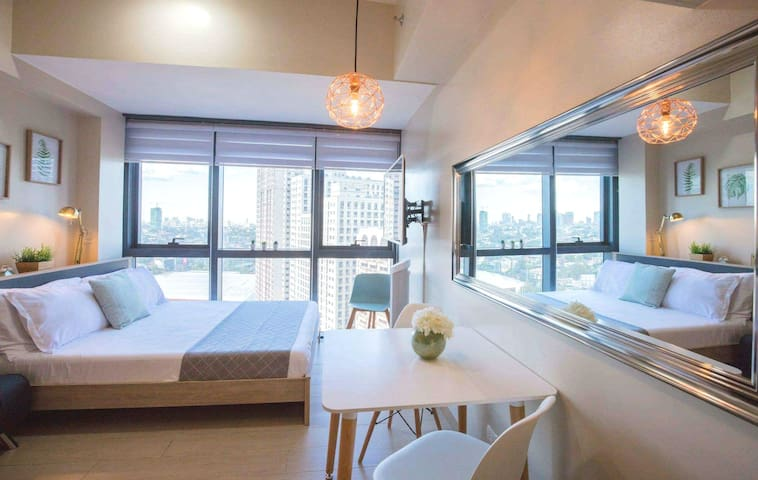 Modern studio @ Eastwood City