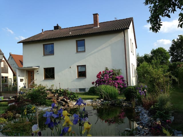 Cozy house in Nuremberg with patio, 4 BR + 2 baths