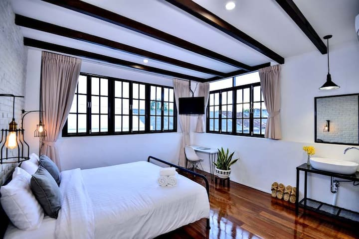 Rommanee Classic Bedroom @ Phuket5 - Phuket - Hus