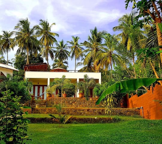 Secluded beach house, Sri Lanka