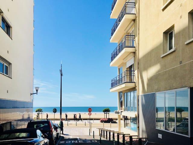 T3 neuf Grande Plage- Centre Ville- Parking- WiFi