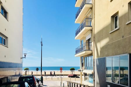 T3 neuf Grande Plage- Centre Ville- Parking- WiFi