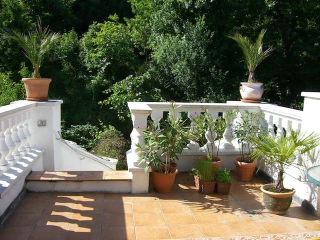"Villa ""Mai Finita"" mit Garten & Terrasse - Klosterneuburg - Apartment"