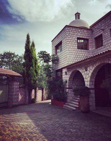Villa Bosque Real