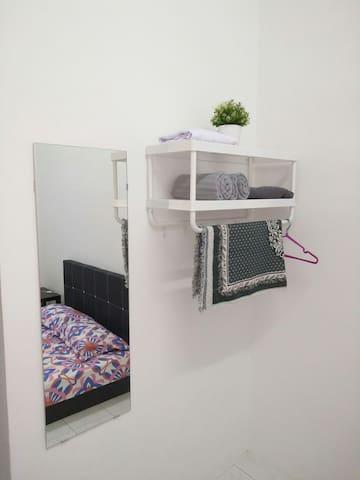 Towel, Hanger, Sejadah, Telekung, Blanket