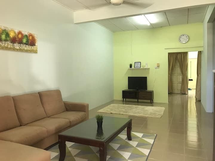 Ruhani Homestay 2 Kota Bharu Cheap and Comfortable