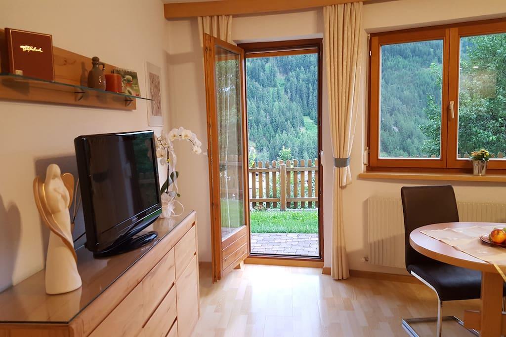 Vom Wohnzimmer in den Garten Apart-Franziska
