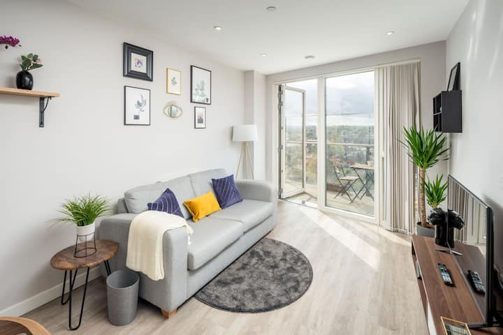 Stunning Apartment, Close to East Croydon Station