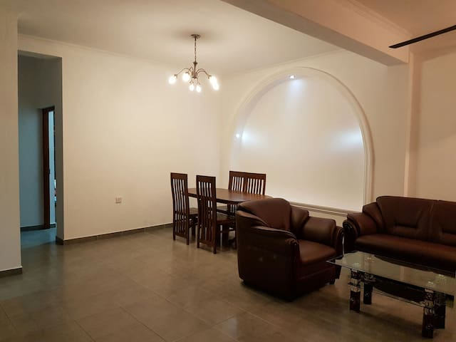 Cozy 2 bedroom apartment - Dehiwala-Mount Lavinia - Apartment