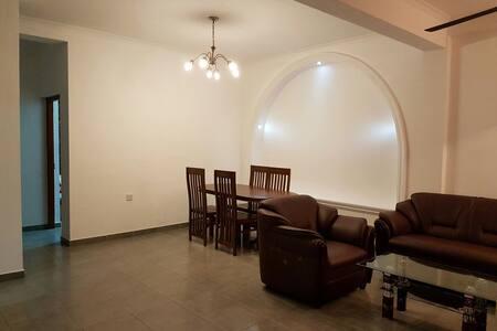 Cozy 2 bedroom apartment - Dehiwala-Mount Lavinia - Apartemen