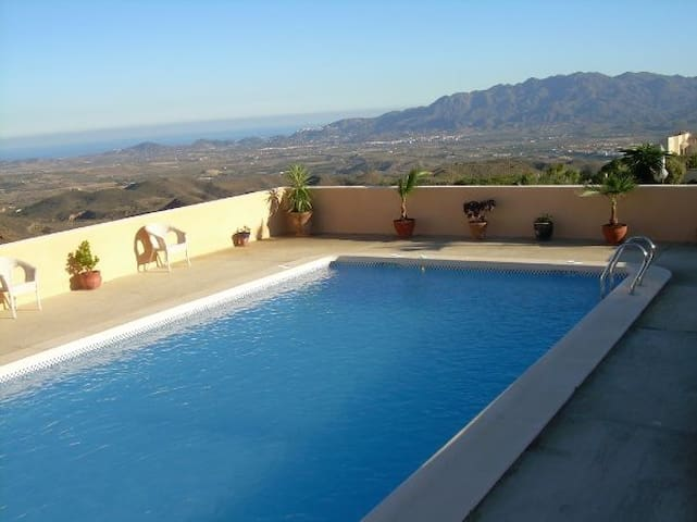Two Bedroom Casita + private swimming pool - Bedar