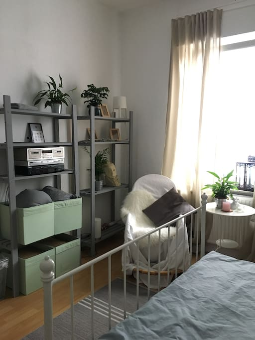 sch nes zimmer in bielefeld west flats for rent in bielefeld nrw germany. Black Bedroom Furniture Sets. Home Design Ideas