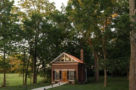 Garden Suite - Ashford Acres Inn