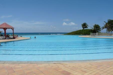 St-François/8 pers/plage piscine - Lakás