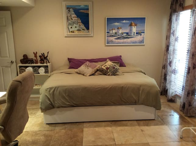 Comfy Bedroom & Blissful Bathroom - Calabasas - Apartamento