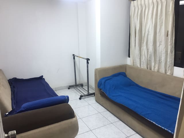 Shared room in downtown of Ambato-Ecuador - Ambato - Apartment