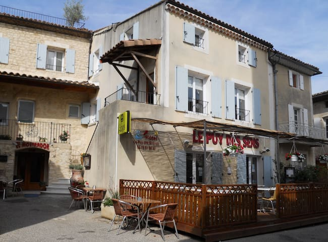 Hotel Le Puy des Sirenes, Puygiron, - Puygiron