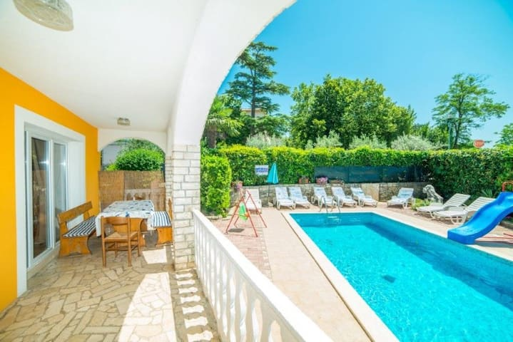 Three bedroom app Fides with private pool 3 - Nedešćina - Apartamento