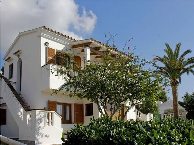 With fantastic sea views near the beach - Villa Loes