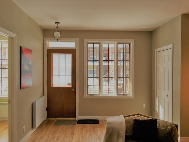 Cozy and spacious 3 bedroom on 2nd avenue - Ville de Québec - Leilighet