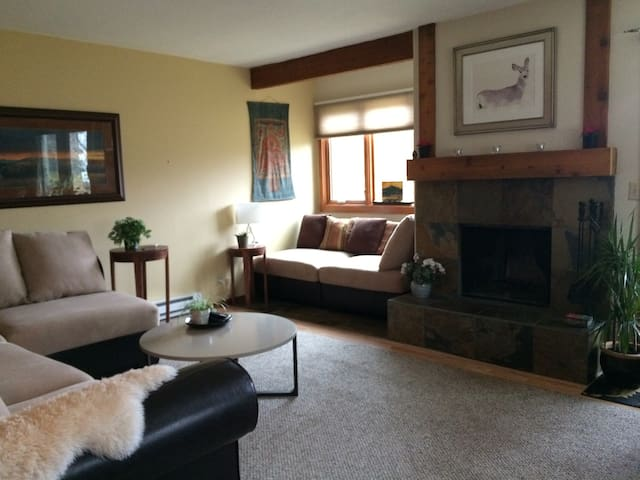 Peaceful & Perfect Near Jackson & Grand Teton Park - Wilson - Condominium