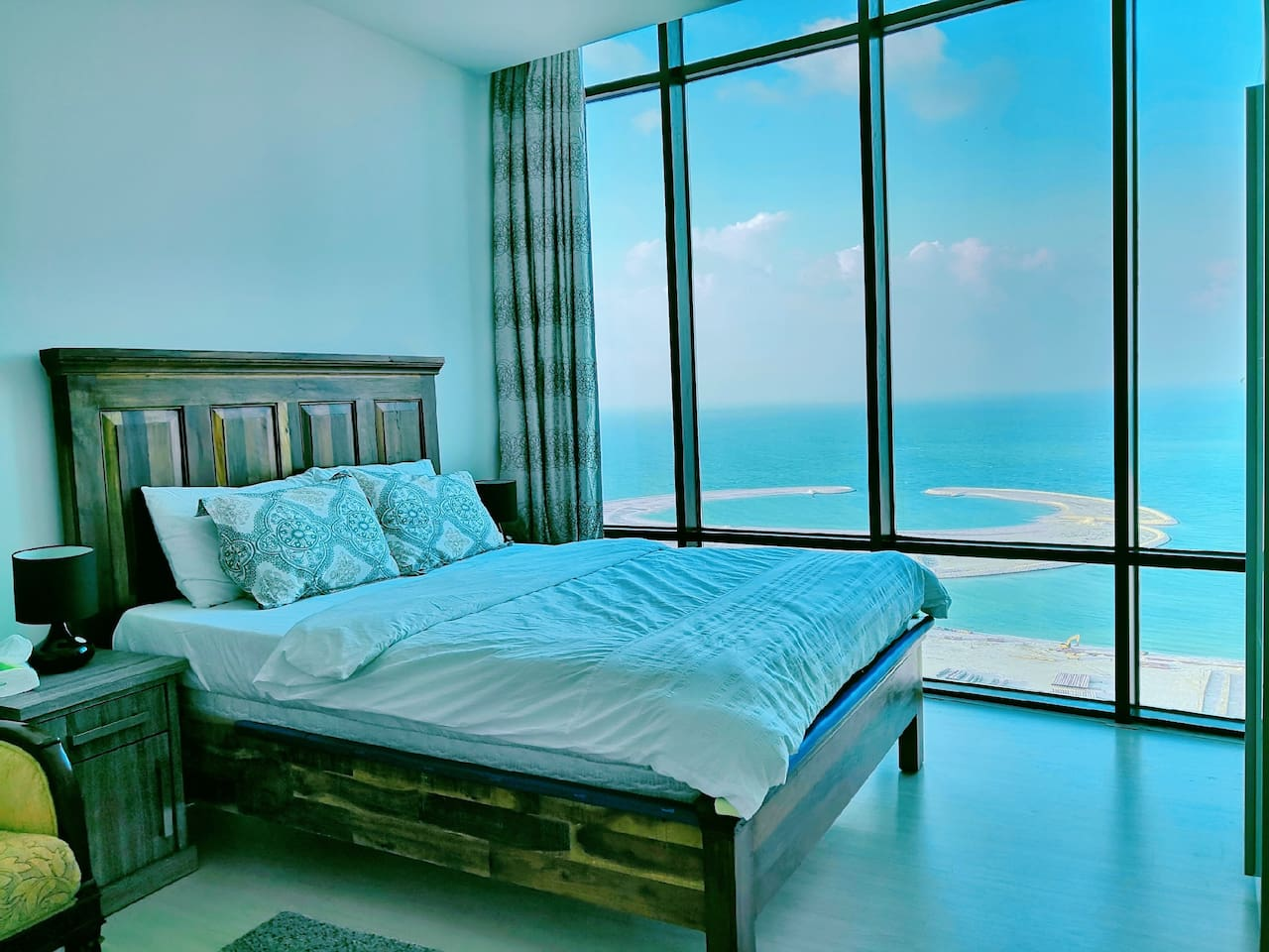 You'll have a good sleep with the quiet and peaceful great sea view