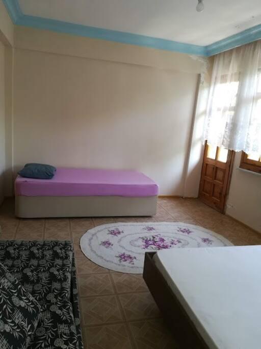 Yatak odası tekli yatak