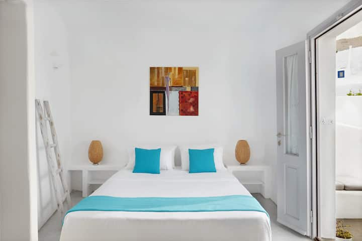 Naftilos Boutique Houses - Sofrano