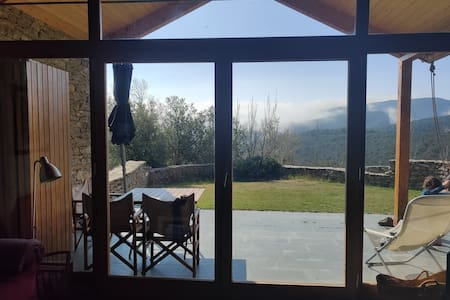 Charming house with views in the heart of Guara