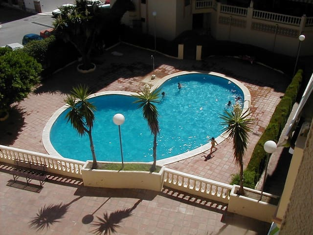 APPARTEMENT TOUT CONFORT - Estepona - Apartmen