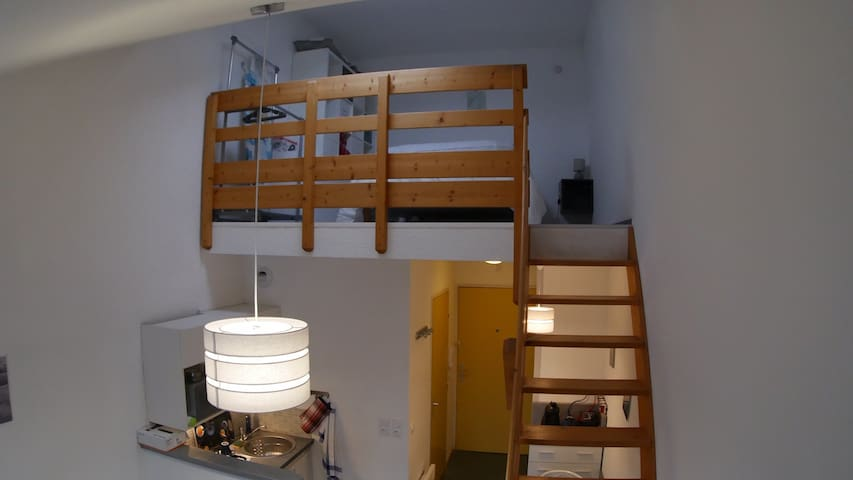 Studio Duplex meublé 2 étoiles proche Chambéry