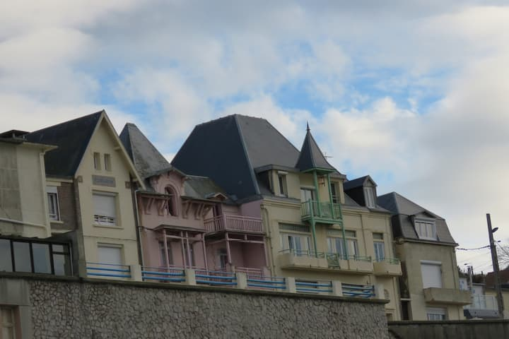 Villa Bagatelle face à la mer