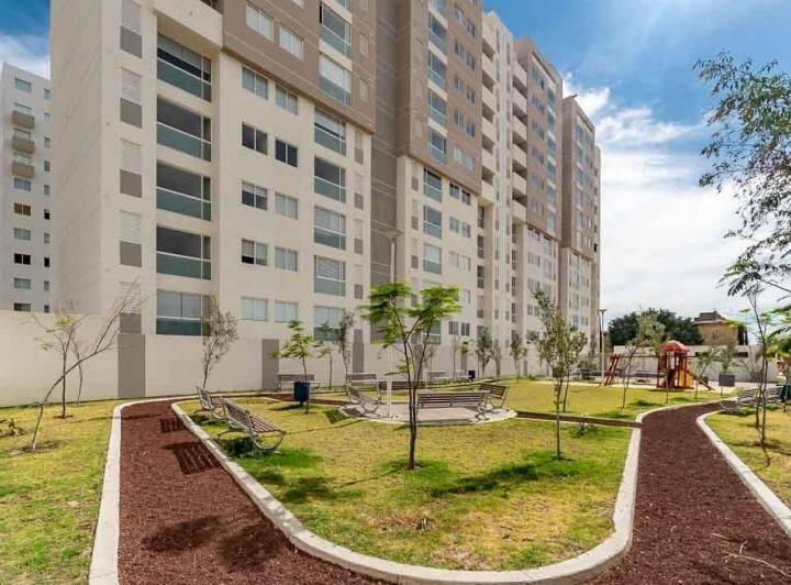 Habitación privada en departamentos Tres Lagos GDL