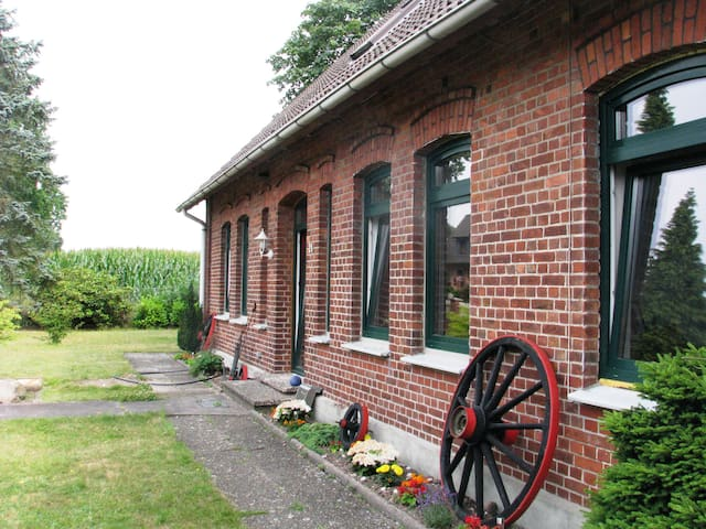 Holiday Accomodation on a charming former farm - Kirchlinteln - Lejlighed