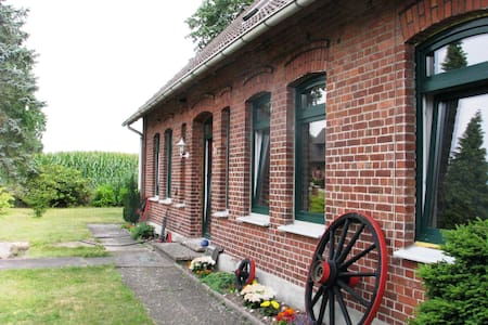 Holiday Accomodation on a charming former farm - Kirchlinteln - 公寓